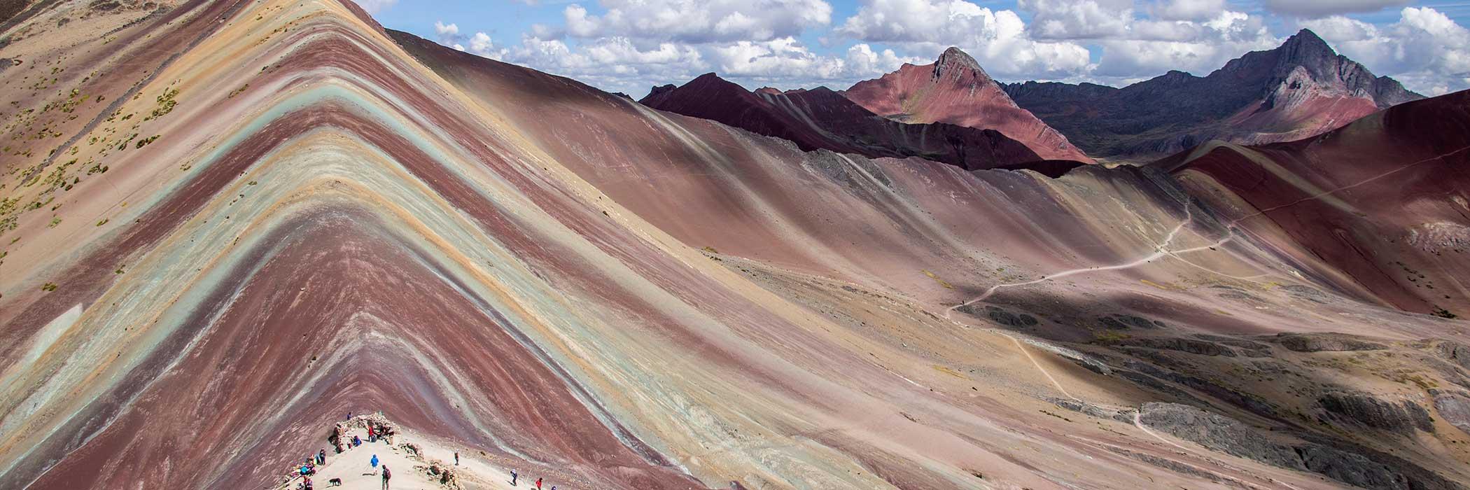 rainbow-mountain-peru-trek